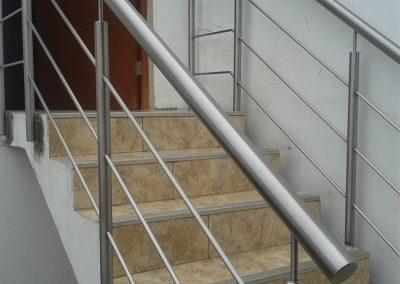 Barandilla escalera chapeteada